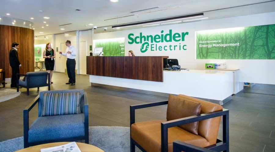 schneider (2)